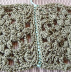 Flat join granny squares - seam